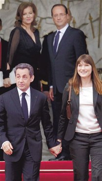 Nicolas Sarkozy y Carla Bruni abandonan la casa de gobierno